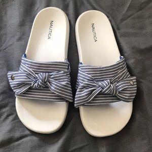 Nautica blue/white bow sandals